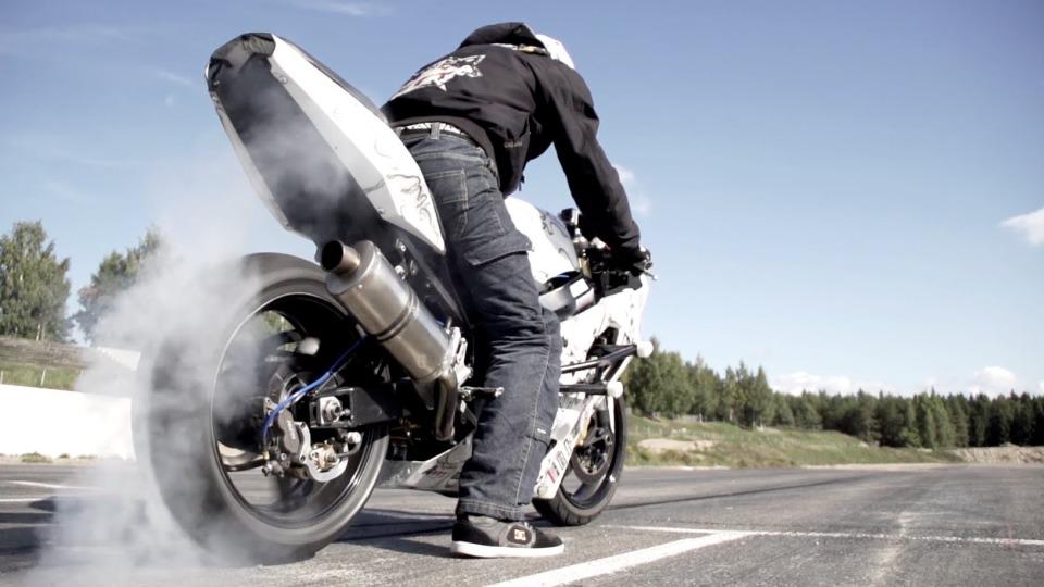 StuntFreaksTeam – Joona Vatanen Full Throttle