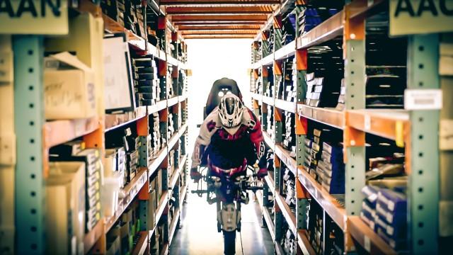 Stuntriding in a Warehouse | Savage Lin