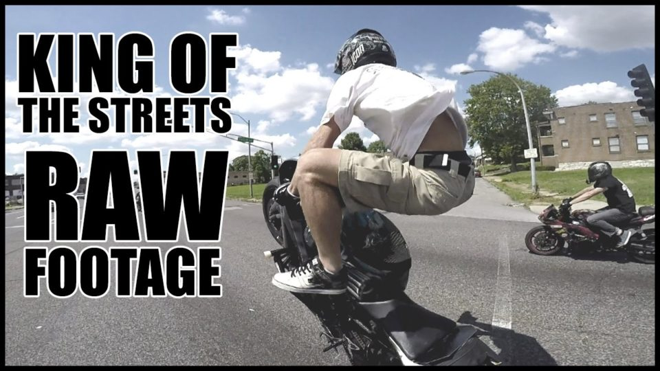 RAW FOOTAGE AMAZING STUNT RIDER Performs INSANE STUNTS In Streets of St. Louis 2916